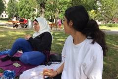 Abela-und-Amani-Picknick