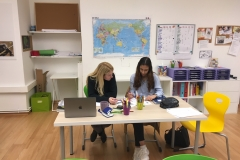 Domenika_Zainab Mathe lernen
